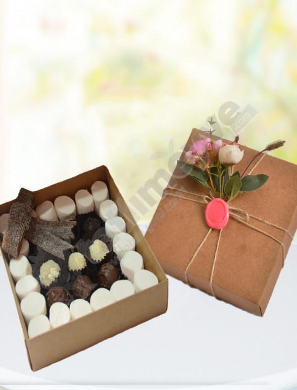 Hediyelik Karışık Marşmelovlu Çikolata Kutusu