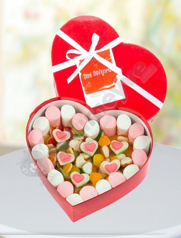 Sevgiliye Özel Şeker Kalp Aşk Kutusu