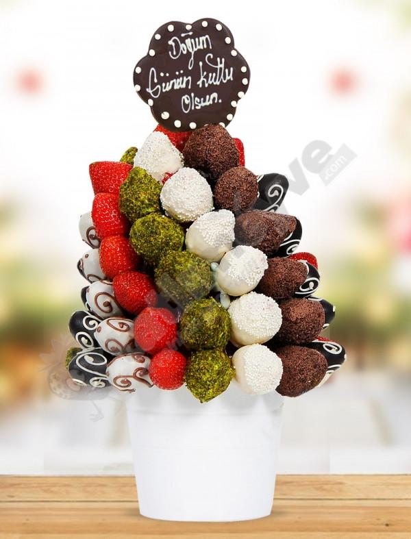 Sweet Birthday Meyve Sepeti