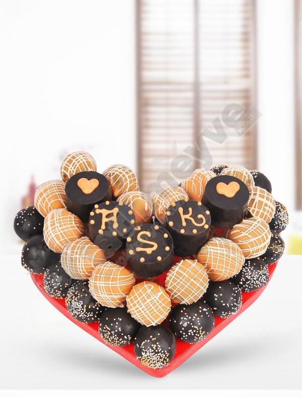 Tatlı Kalp Kek Sepeti