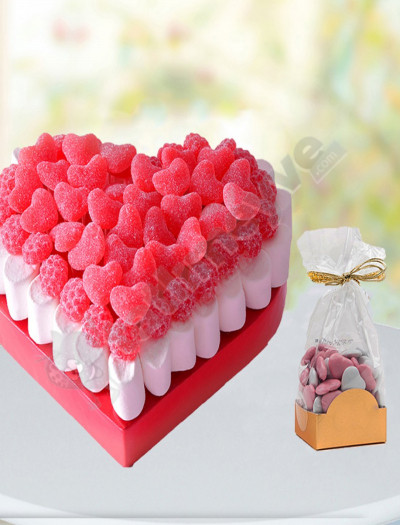 Kalpli Marşmelov Pasta Ve Çikolata Paketi
