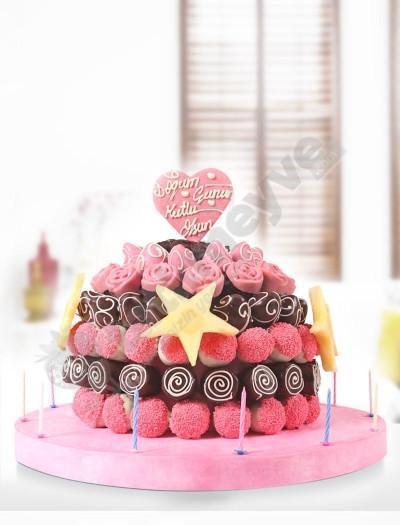 Lucky Year -Doğum Günü Pastası