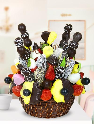 Miraa  Çikolatalı Meyve Sepeti