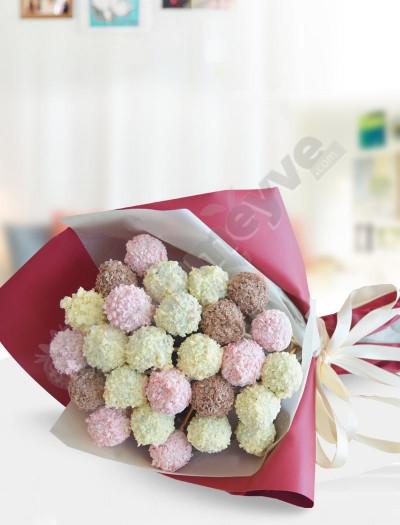 Sevgi Çiçekleri Kek Buketi